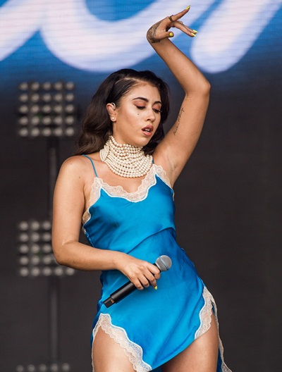 Kali Uchis Body Measurements Stats