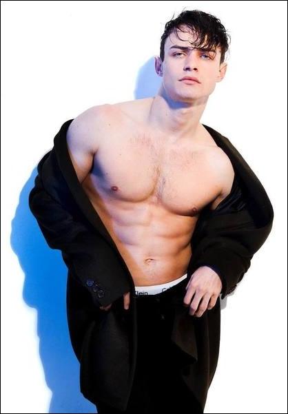 Thomas Doherty Height Weight Bio