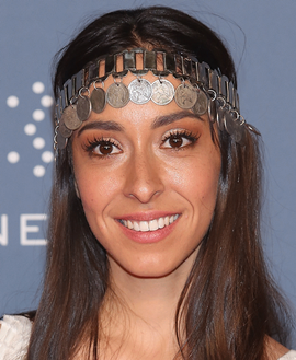 Oona Chaplin Height Weight Bra Size Body Measurements Facts Family