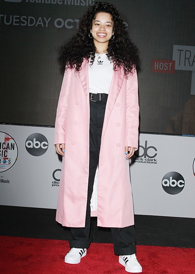 Ella Mai Body Measurements Statistics