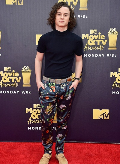 Wyatt Oleff Body Measurements Stats