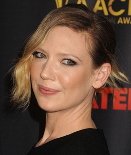 Actress Anna Torv