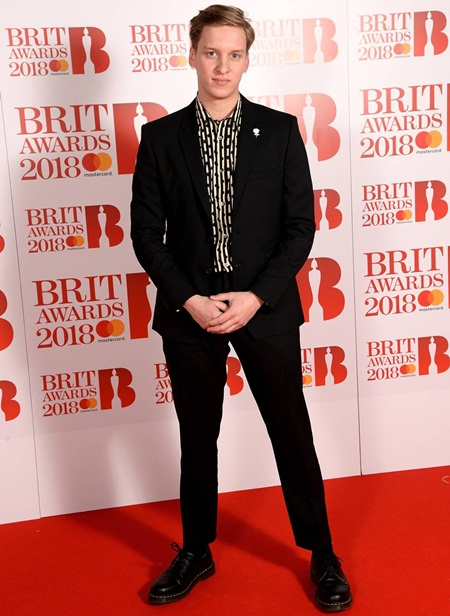 George Ezra Body Measurements Facts