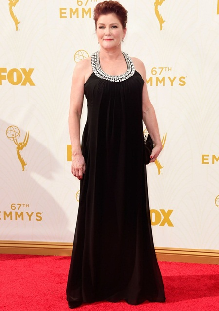 Kate Mulgrew Height Weight Bra Size