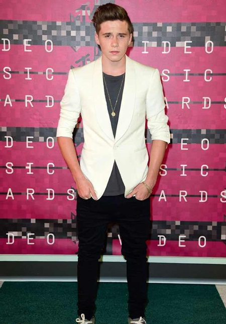 Brooklyn Beckham Body Measurements Facts