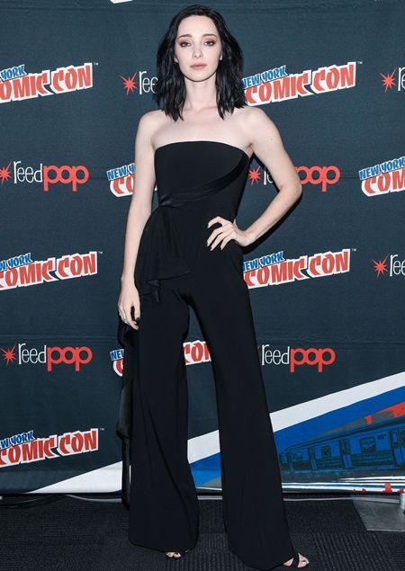 Emma Dumont Body Measurements Facts