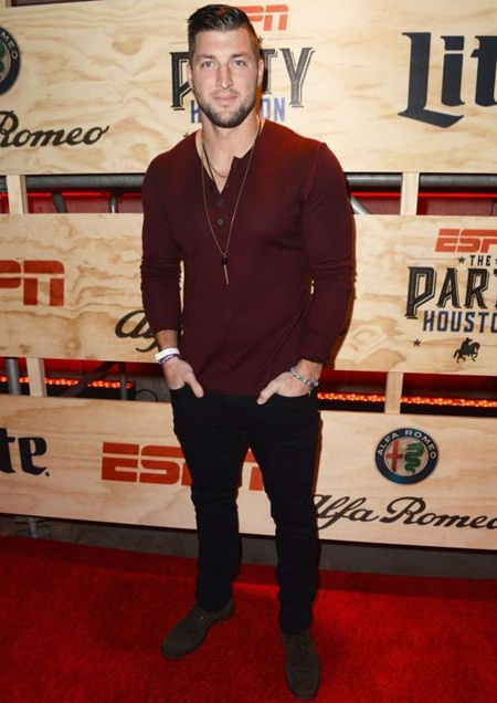 Tim Tebow Height Weight Shoe Size