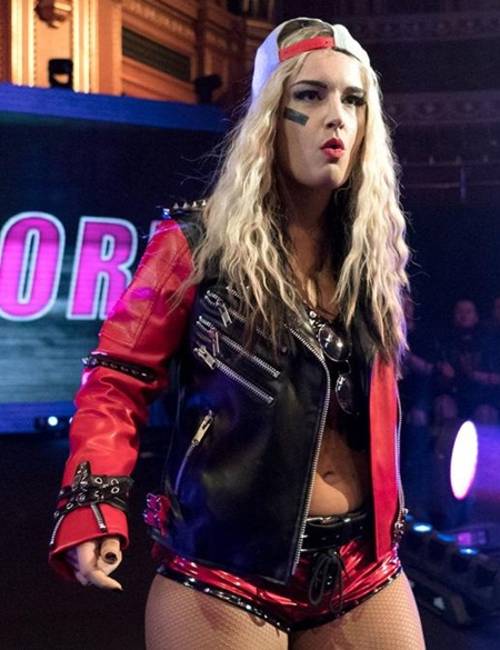 Toni Storm Height Weight Facts