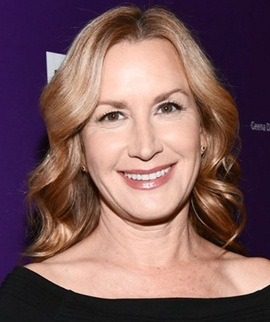 Actress Angela Kinsey