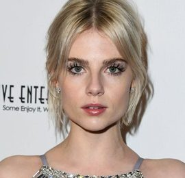 Lucy Boynton Height Weight Bra Size Body Measurements Facts Family