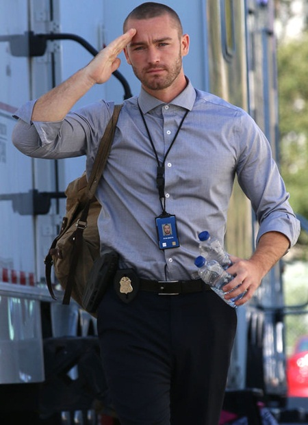 Jake McLaughlin Body Measurements Stats
