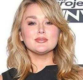 Hunter McGrady Body Measurements Height Weight Stats Facts