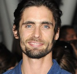 Tyson Ritter Height Weight Body Measurements Shoe Size Facts Family