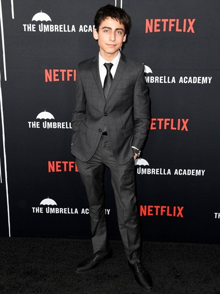 Aidan Gallagher Measurements Body Stats