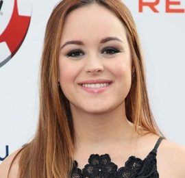 Hayley Orrantia Height Weight Bra Size Body Measurements Facts