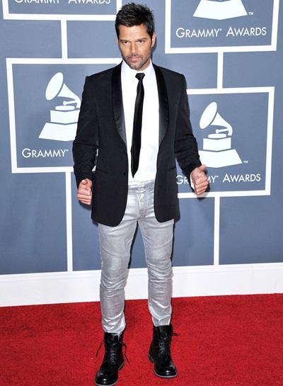 Ricky Martin Height Weight Stats
