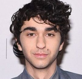 Alex Wolff Height Weight Body Measurements Shoe Size Facts Family