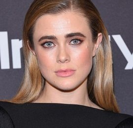 Melissa Roxburgh Height Weight Body Measurements Family Facts