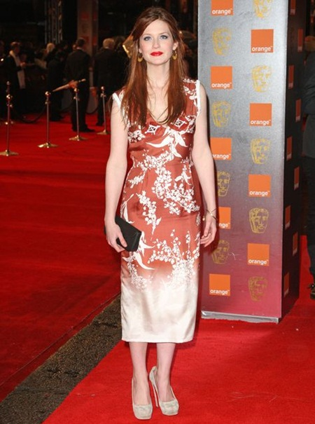 Bonnie Wright Body Measurements Stats