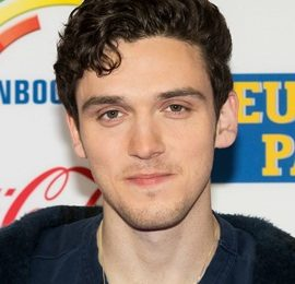 Lauv Height Weight Body Measurements Shoe Size Age Facts Family