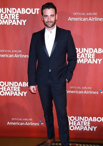 Colin Donnell Measurements and Facts