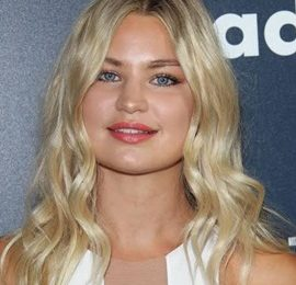 Jennifer Akerman Body Measurements Height Weight Stats Facts