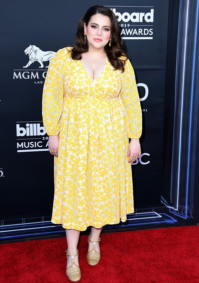 Beanie Feldstein Height Weight Stats