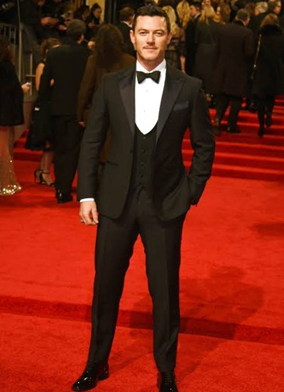 Luke Evans Height Weight Stats
