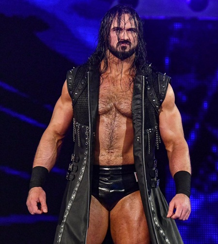 Drew McIntyre Height Weight Stats