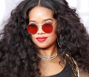 Singer H.E.R. Height Weight Bra Size Body Measurements Facts