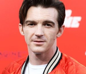 Drake Bell Height Weight Shoe Size Body Measurements Facts Family