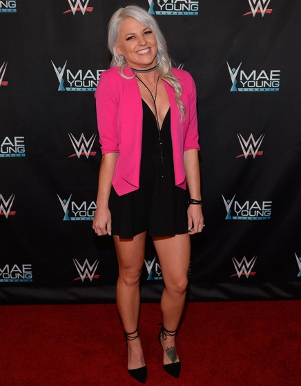 Candice LeRae Body Measurements and Facts