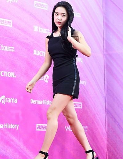 Kim Yerim Height Weight Shoe Size
