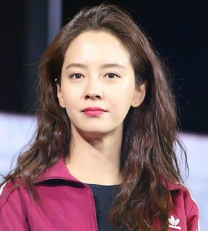 Actress Song Ji-hyo