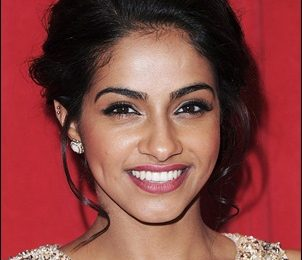 Mandip Gill Height Weight Shoe Size Body Measurements Facts Family