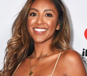 Tayshia Adams Measurements Height Weight Shoe Size Facts Ethnicity