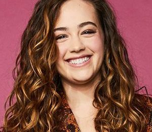 Mary Mouser Height Weight Shoe Size Measurements Facts Family