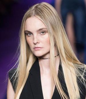 Model Caroline Trentini