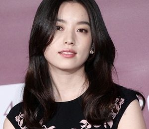 Han Hyo-joo Body Measurements Height Weight Shoe Size Family