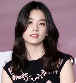 Actress Han Hyo-joo