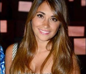 Antonela Roccuzzo Height Weight Shoe Size Body Measurements Family