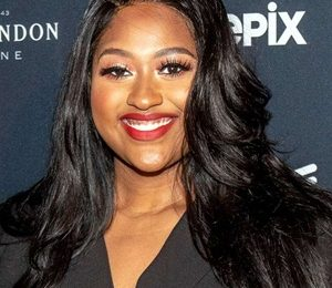 Jazmine Sullivan Body Measurements Height Weight Shoe Size Age Facts