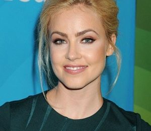 Amanda Schull Height Weight Shoe Size Measurements Family