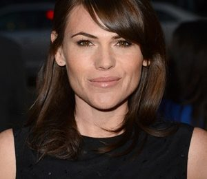 Clea DuVall Height Weight Shoe Size Measurements Facts Family