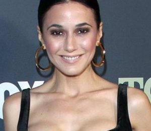 Emmanuelle Chriqui Measurements Height Weight Shoe Size Stats Family