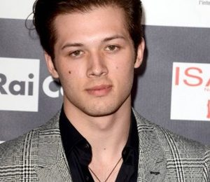 Leo Howard Height Weight Shoe Size Measurements Facts Family