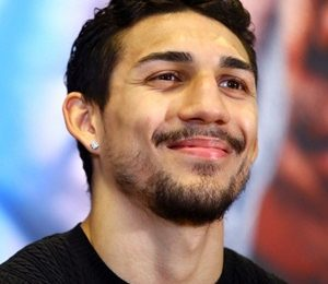 Teofimo Lopez Height Weight Shoe Size Measurements Family Ethnicity